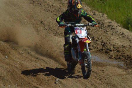 Frederik kører motocross med hjertet