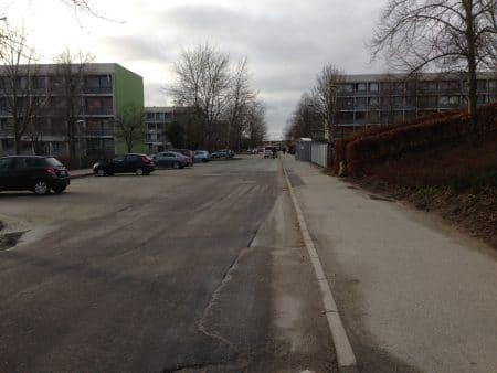 Syv personer anholdt efter slagsmål og påkørsler i Brabrand i nat
