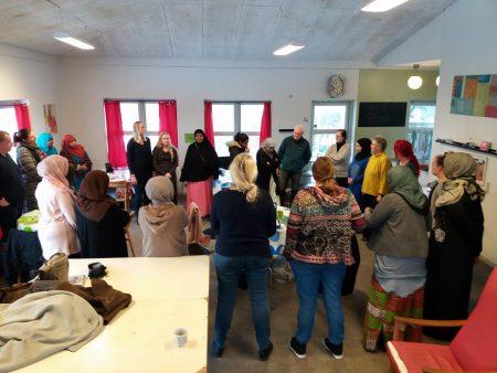 Bydelsmødre i Gellerup dybt berørte over regerings-udspil