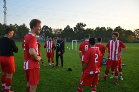 Danske unge melder sig ind i indvandrerklubben IVF05