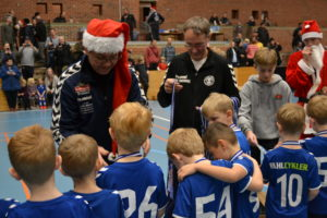 Fodbold og julestemning i Brabrandhallen