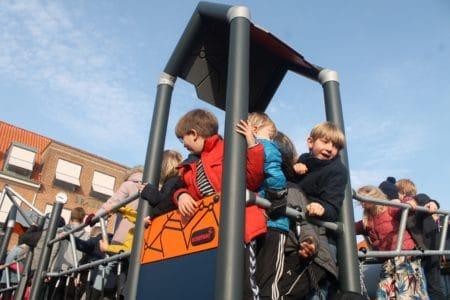 Nyt legeområde indviet på Engdalskolen