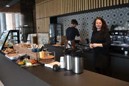 På vej mod aftenliv og kaffe á la Gellerup