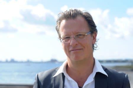 Traditionsrigt vintermøde får besøg af journalist Esben Kjær