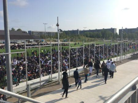 Muslimer til fællesbøn blev opfordret til at stemme onsdag