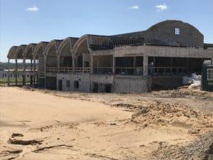 Nedbrydere har gjort Jaka-fabrikken klar til ny fremtid