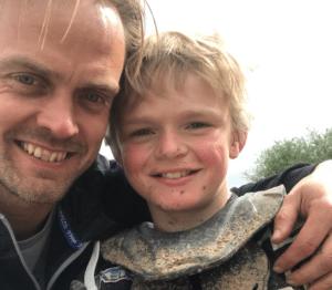 10-årige Frederik fra Helenelyst skal køre om VM i motocross