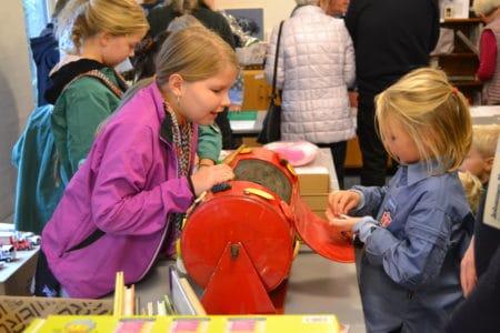 Sognegården i Brabrand omdannes til farverig basar