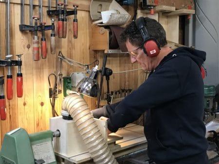 Kasserede materialer bliver til smart boliginteriør på Brabrand Skovvej