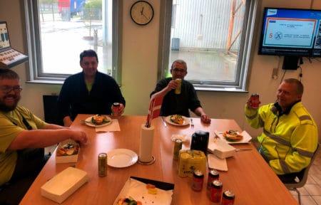 10 år uden ulykker fejret med smørrebrød hos Weber i Brabrand