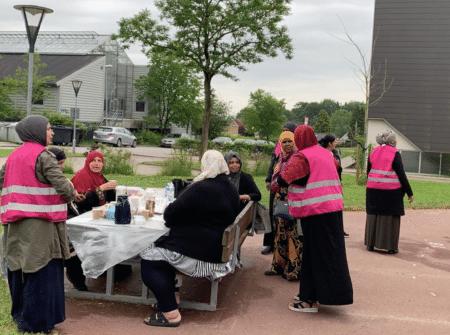 Bydelsmødre vil have forældrenes hjælp til at sikre ro i Gellerup