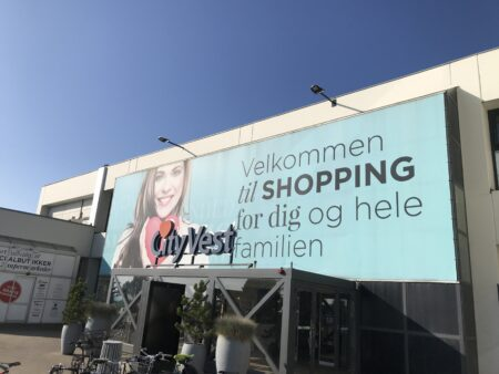 Unge iværksættere åbner to nye butikker i City Vest