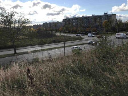 Tusindvis af færdselssager i Aarhus Vest – men kun få konfiskerede biler