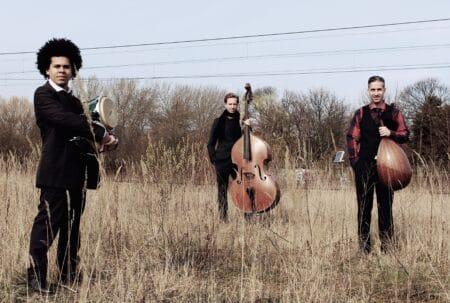 Scenerne åbner igen: Tre usædvanlige koncert-oplevelser i dit lokalområde