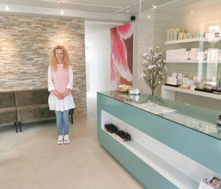 Maria Bansov har på Hovedgaden skabt en oase for sine kunder