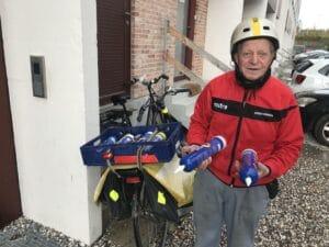 Store lattergas-beholdere flyder mange steder i lokalområdet